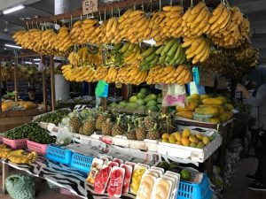 フィリピンマーケットにはやっぱりバナナ