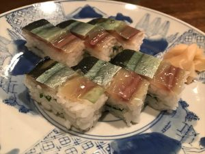 秋刀魚の箱寿司