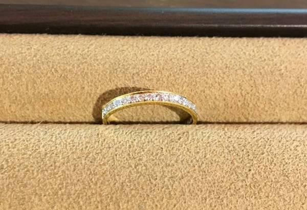 素敵な婚約指輪です