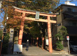 ご近所、神楽坂赤城神社